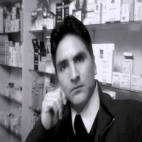 WILMER JULCA VASQUEZ, autor del poema'¡Levántate mi hermano!''