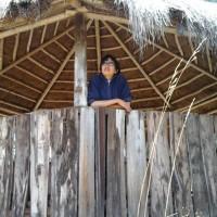 esthela Oñate, autor del poema'AMIGOS''