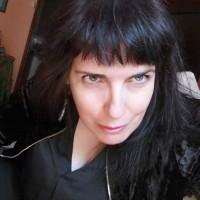 Marisa Béjar, autor del poema'Auriga entre espigas.''