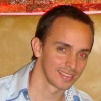 Beto Aveiga, autor del poema'Extraño el venir del tiempo''