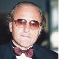 karam nimri., autor del poema'Culpa de sueños''