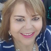 Lilia Molina Fernandez, autor del poema'Salir a la vida''