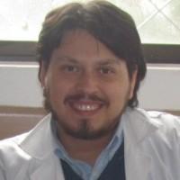 RAVM, autor del poema'Versos Desesperados''