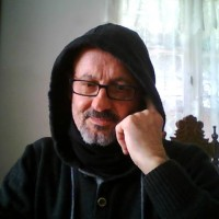 deLorenzo Román., autor del poema'TRAIGO...''