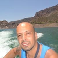 Adriano de la Hera, autor del poema'En tu frasco''