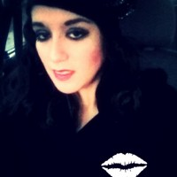 Viviana, autor del poema'tu veneno me enfermo''