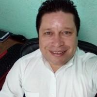 CamposZamb, autor del poema'Homenaje a la indiferencia''