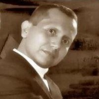 Alexmonram, autor del poema'Dame la Oportunidad de Amarte, Más Allá de la Eternidad...''