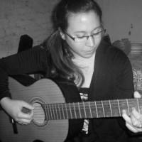 Lucía Ramírez, autor del poema'Precisamente''