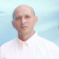 ADOLFO RAMIREZ, autor del poema'La flama encendida ''