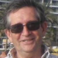 useggb, autor del poema'Inútiles Yos''